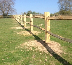 Chestnut post and rail fences Thumbnail